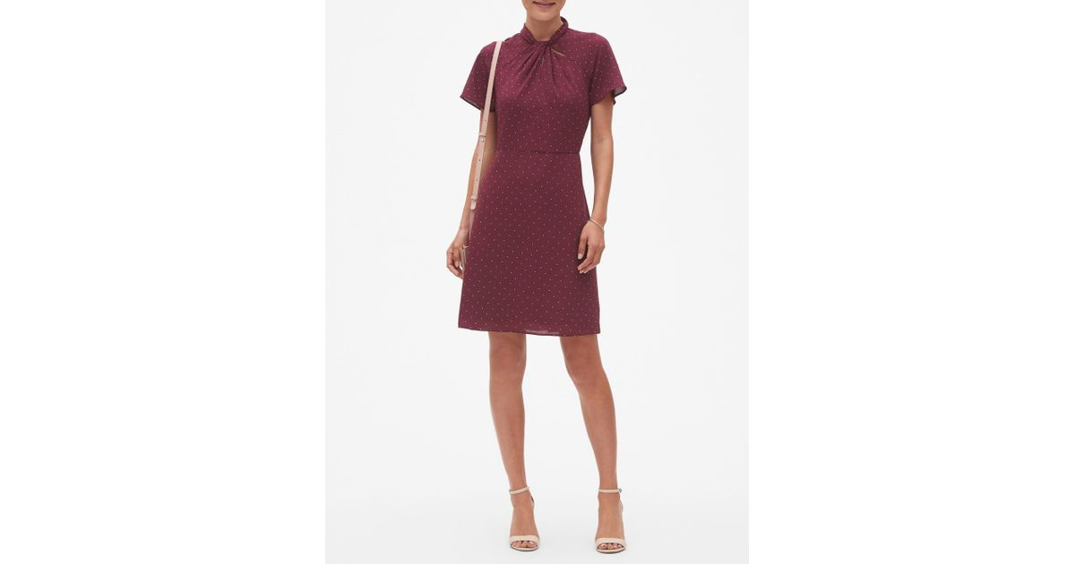 59596c0686 Lyst - Banana Republic Factory Twist-neck Fit And Flare Dress in Red
