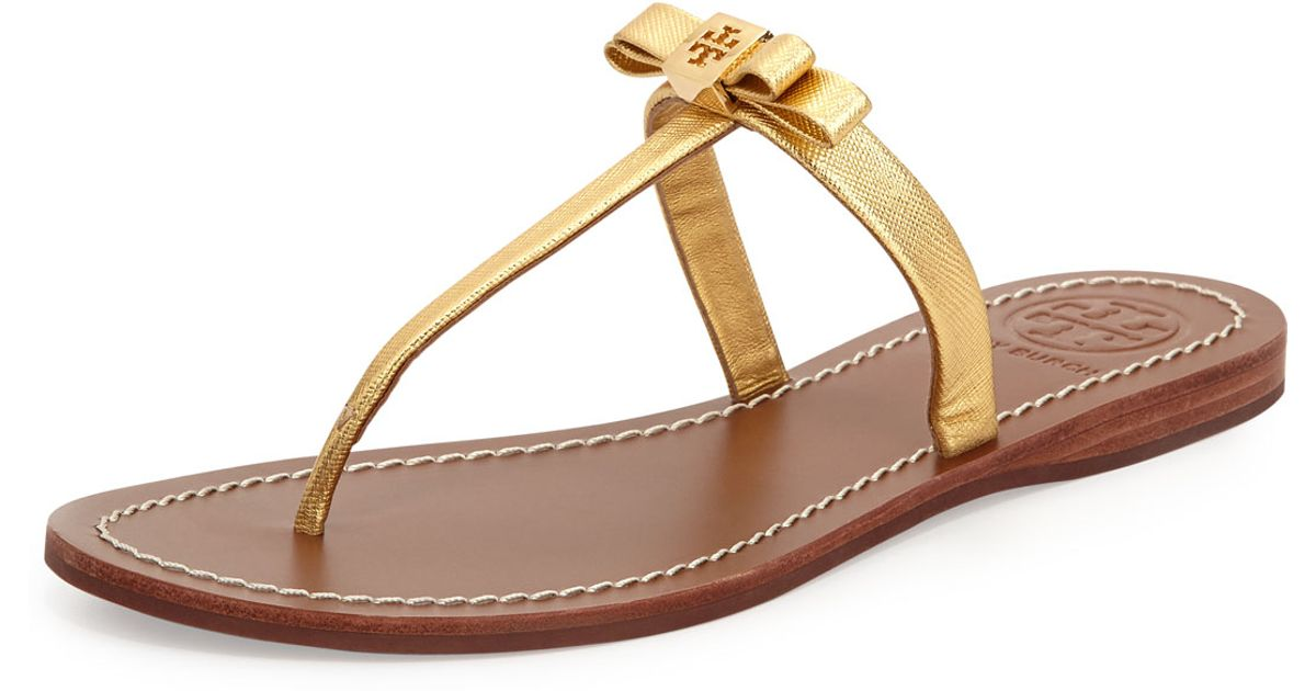 Lyst - Tory Burch Leighanne Bow Thong Sandal Gold in Metallic