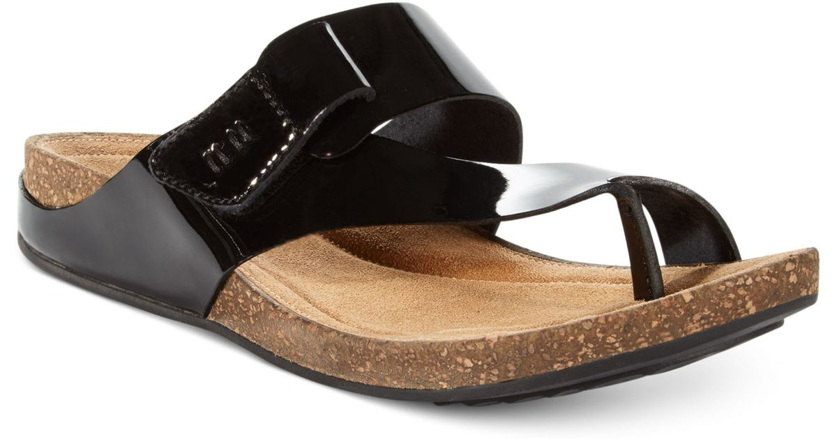 6c239ba679fb Lyst - Clarks Womens Artisan Perri Coast Footbed Sandals in Black