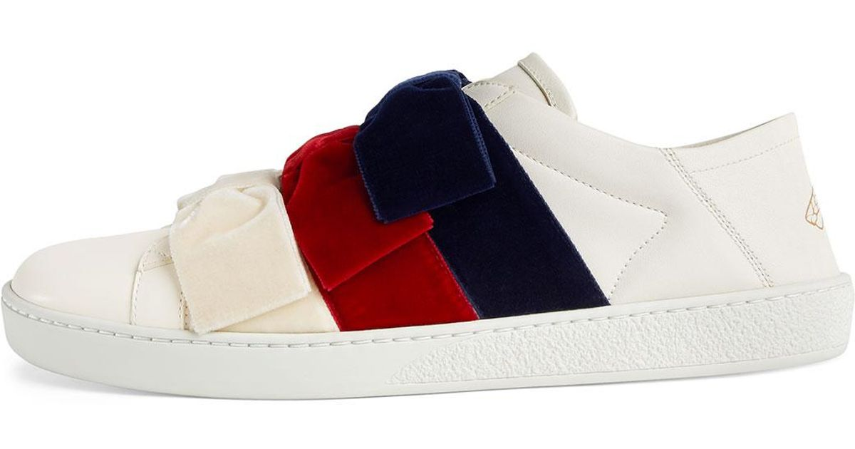 e8604ad46 Gucci Low-top Sneakers With Velvet Bows in White - Lyst