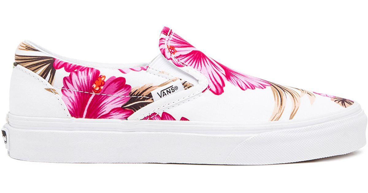 5f0296efb6 Lyst - Vans Classic Hawaiian Floral Slip On Sneaker in Pink