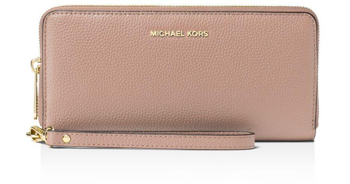 22fe68ce5ce1 Michael Michael Kors Mercer Travel Continental Wallet in Brown - Lyst