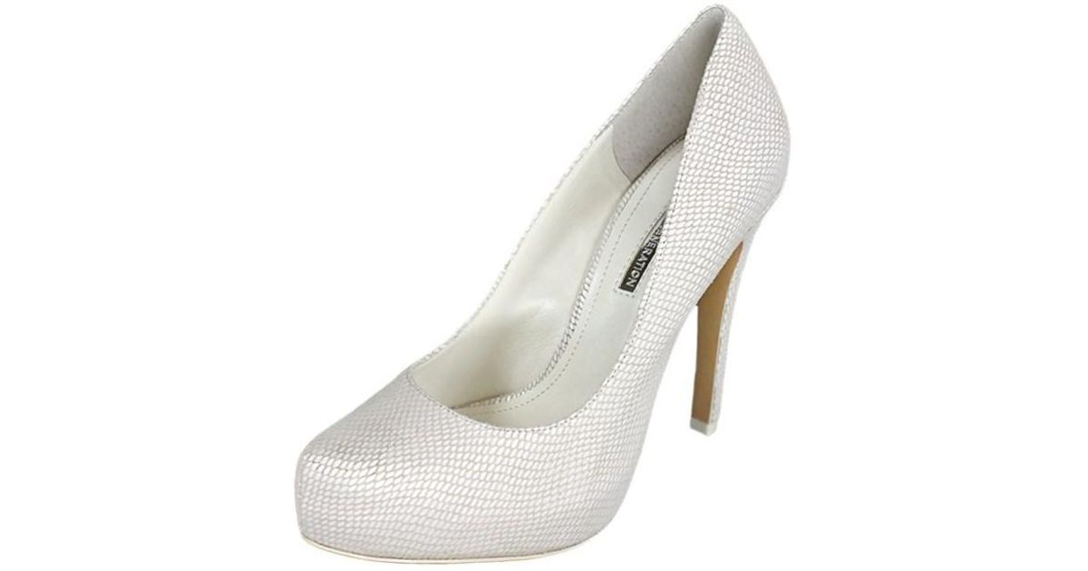 0a8cdd89943 Lyst - Bcbgeneration Womens Bg-parade Pointed Toe Classic Pumps in White
