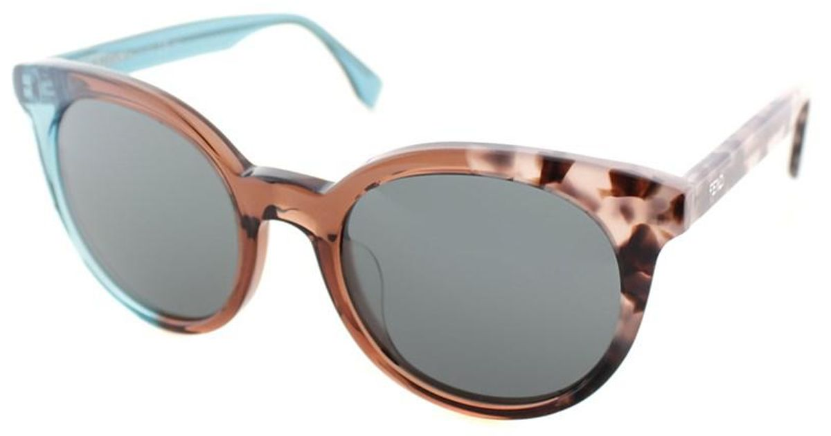 95eb76909e Lyst - Fendi Cat-eye Plastic Sunglasses
