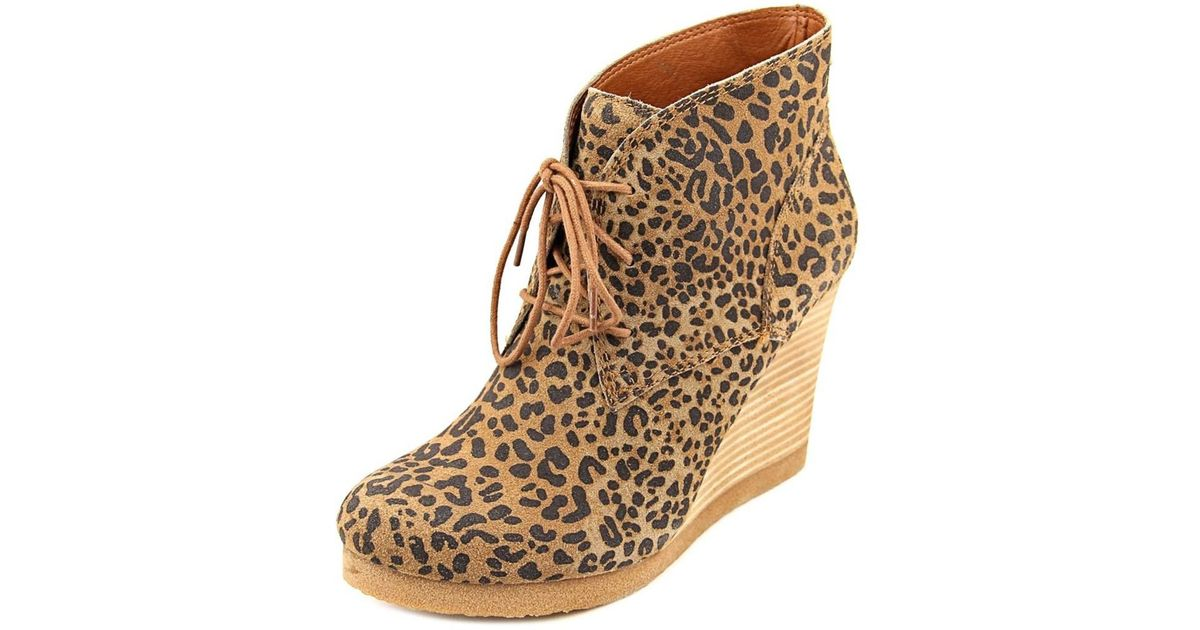 293024ac8a0 Lyst - Lucky Brand Taheeti Women Round Toe Suede Brown Ankle Boot in Brown