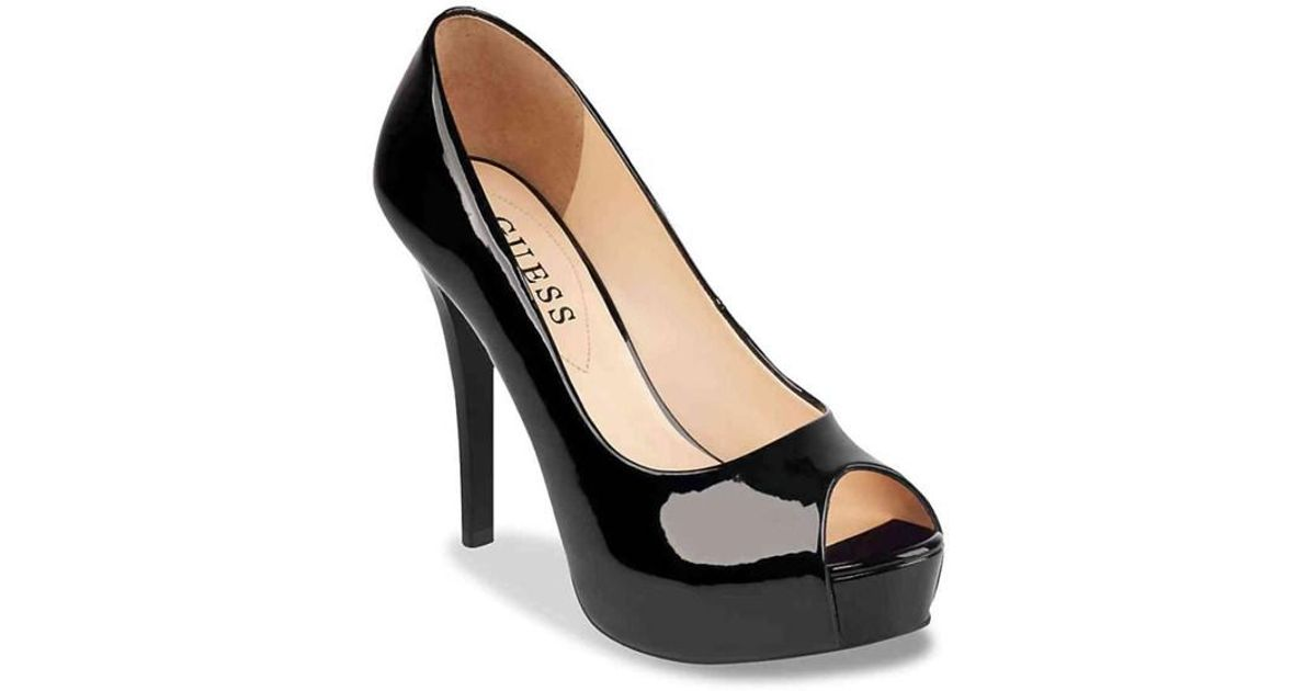 cf98d5bf55 Lyst - Guess Womens Patches Peep Toe Classic Pumps in Black