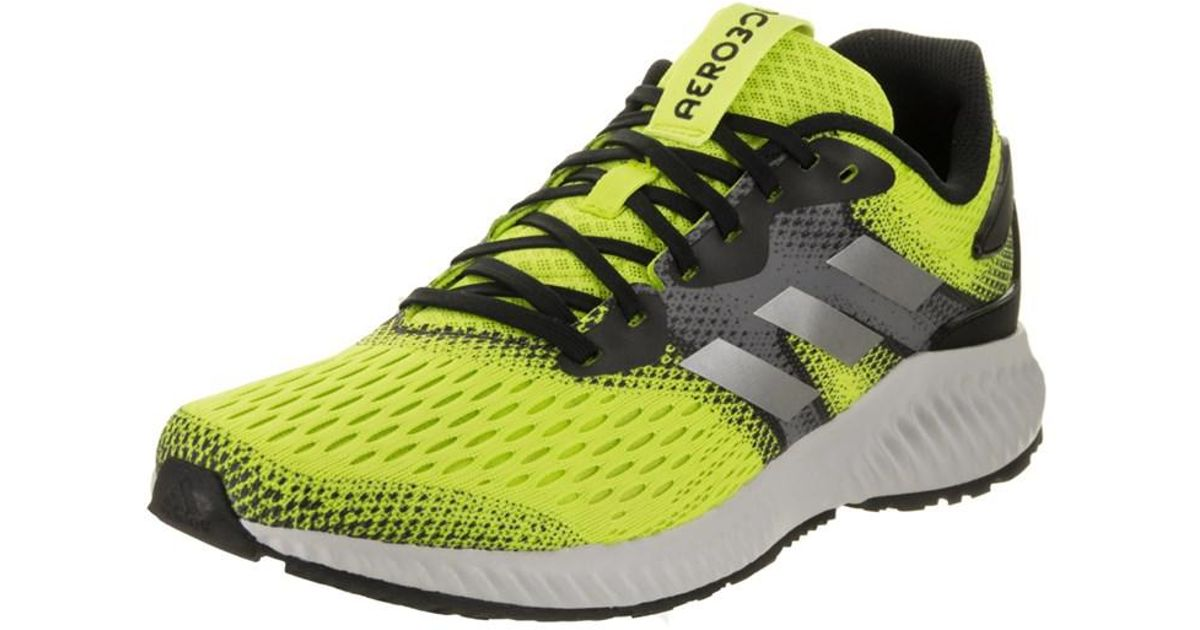 separation shoes b30f1 65779 Adidas Mens Aerobounce M Running Shoe in Green for Men - Lys