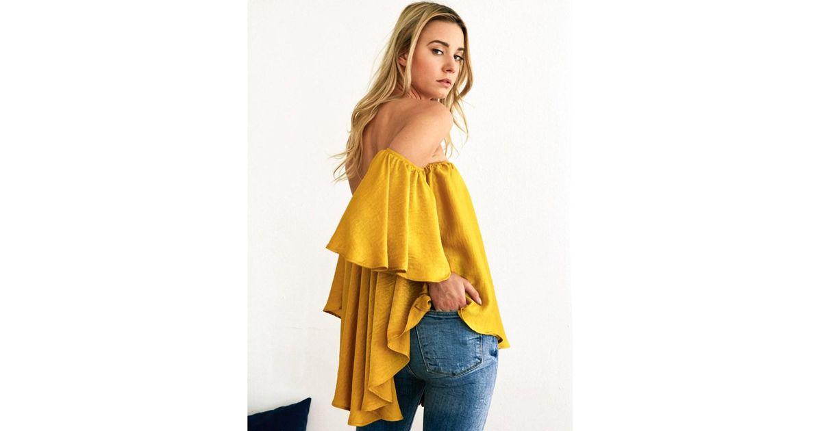a341cedffd19b Lyst - Noa Elle Women s Off-shoulder Rumor Top in Yellow