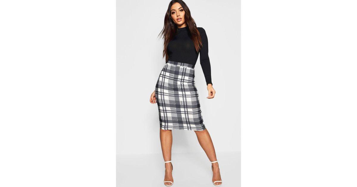 e029833b8960 Boohoo Monochrome Check Midi Skirt in Black - Lyst