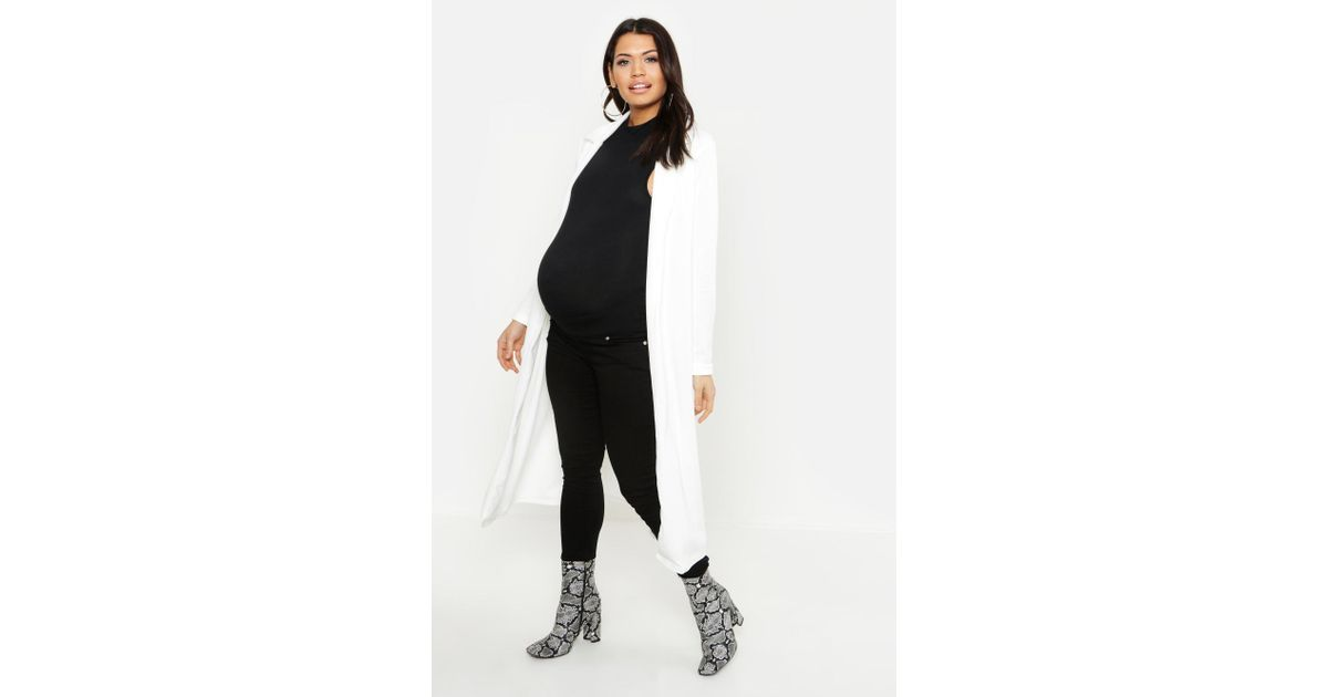 f5086330dc2ac Lyst - Boohoo Maternity Longline Duster Jacket in White