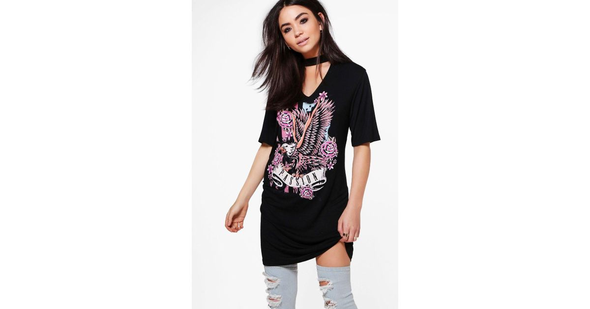 2538835f3aaa Lyst - Boohoo Aly Choker Neck Printed Band T-shirt Dress in Black