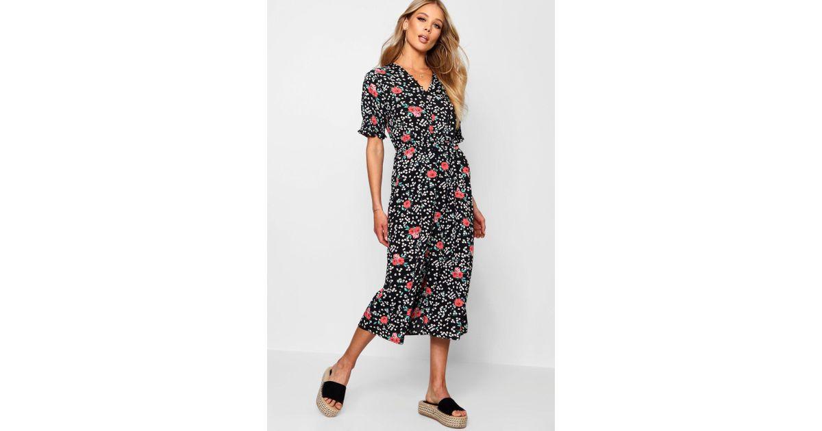 e44571ab53b3 Boohoo Ditsy Floral Button Midi Tea Dress in Black - Lyst