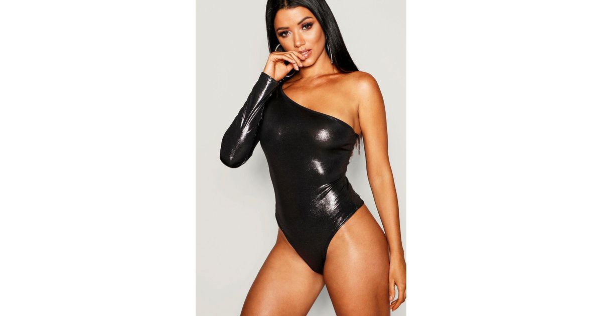 83ab9367c9c4 Lyst - Boohoo Metallic One Shoulder Bodysuit in Metallic