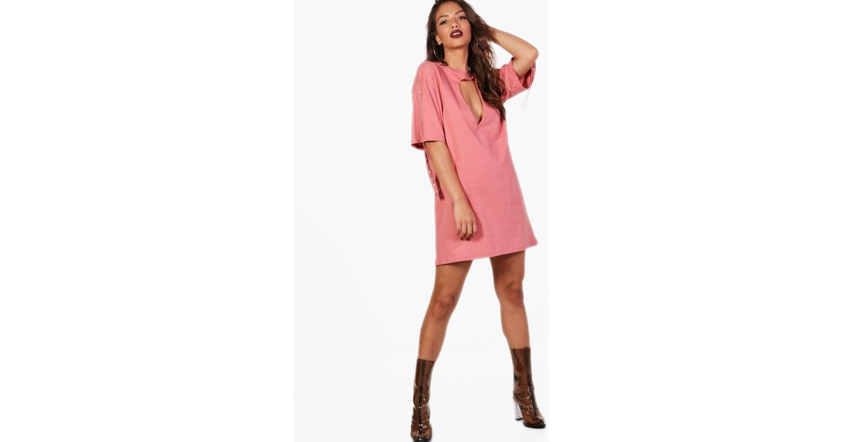 Lyst - Boohoo Choker Plunge Eyelet Tape Detail Dress in Pink 58497d346