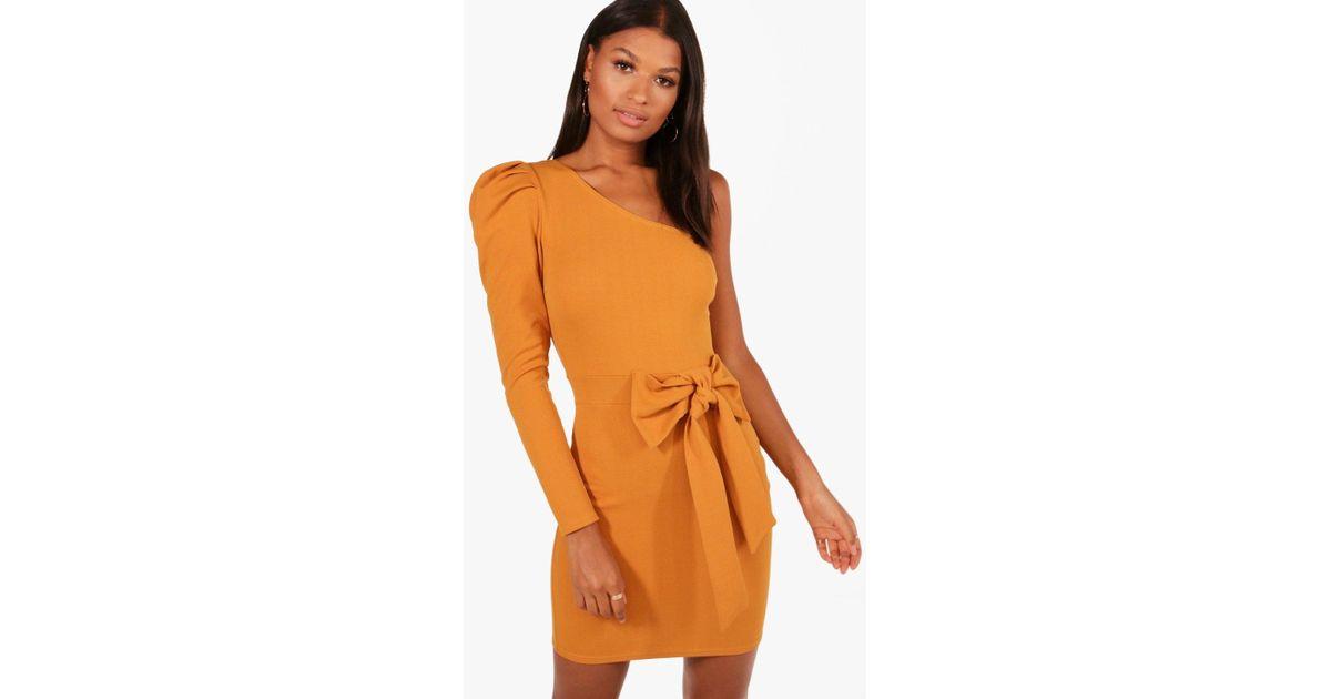 4a2e0399f79 Lyst - Boohoo One Shoulder Bow Waist Bodycon Dress in Orange