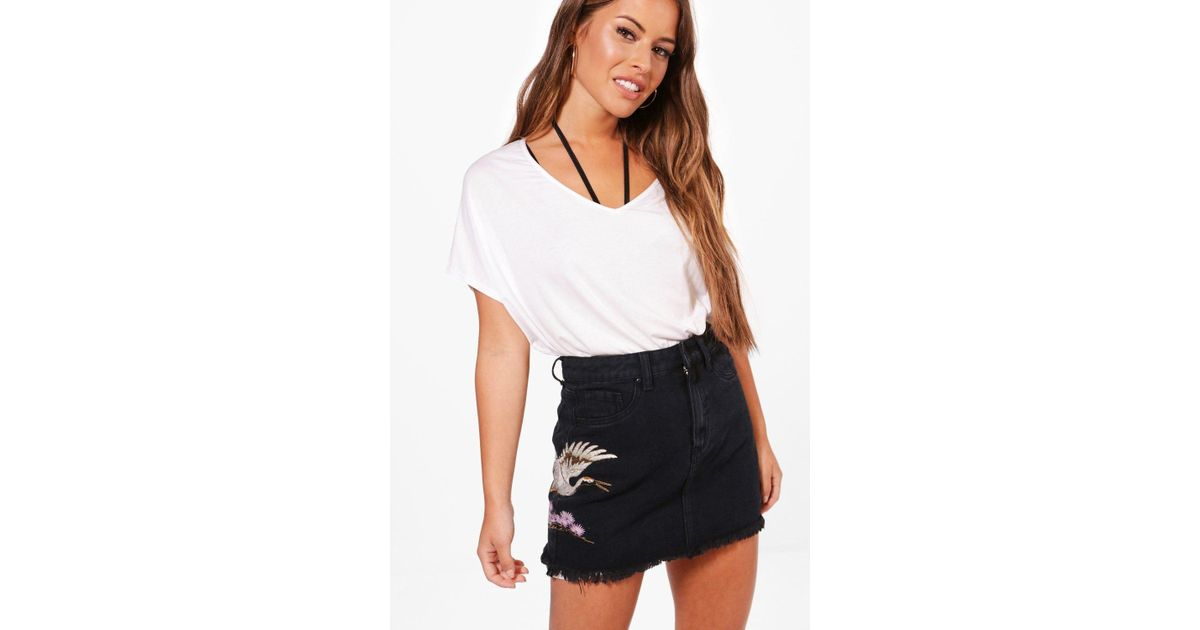 85ca4d2159 Lyst - Boohoo Petite Distressed Embroidered Denim Skirt in Black