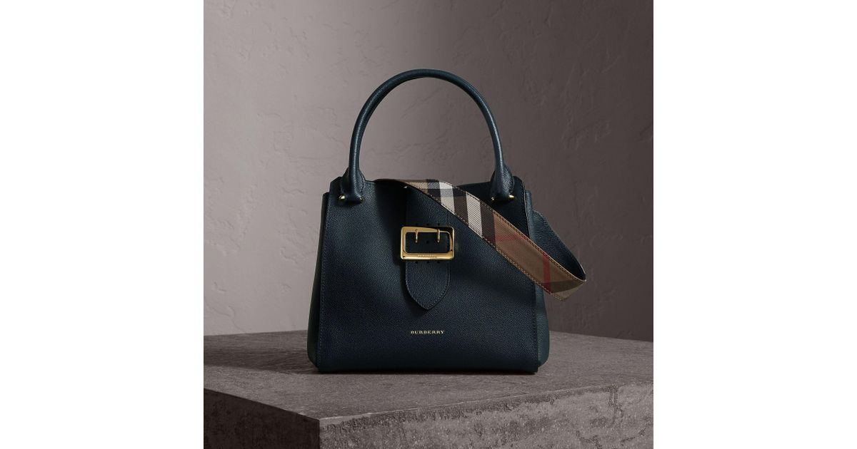 b140b556e099 Lyst - Burberry The Medium Buckle Tote In Grainy Leather Dark Plum in Blue
