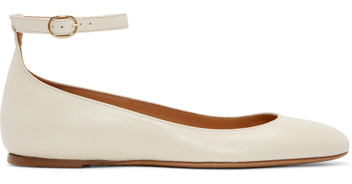 70861f61c4eaf Isabel Marant Cream Leather Lili Ballerina Flats in Natural - Lyst