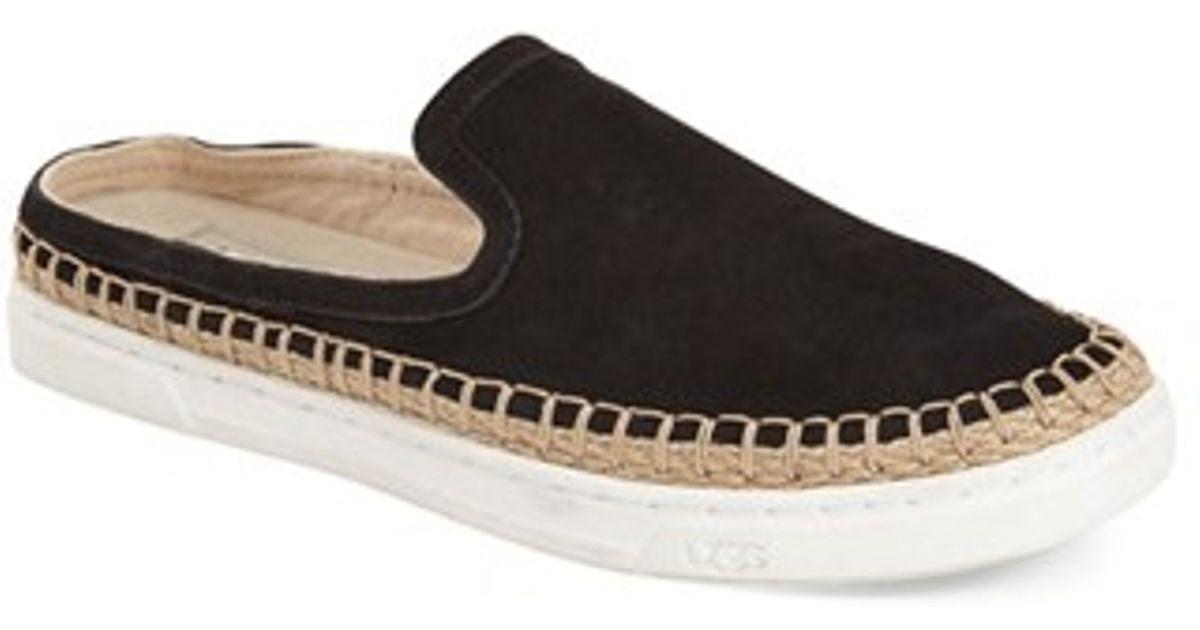 Ugg Caleel Womens Shoes
