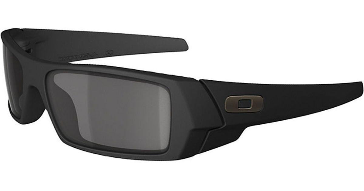 2a00f8f5ce Oakley Gascan Rectangular Sunglasses in Black for Men