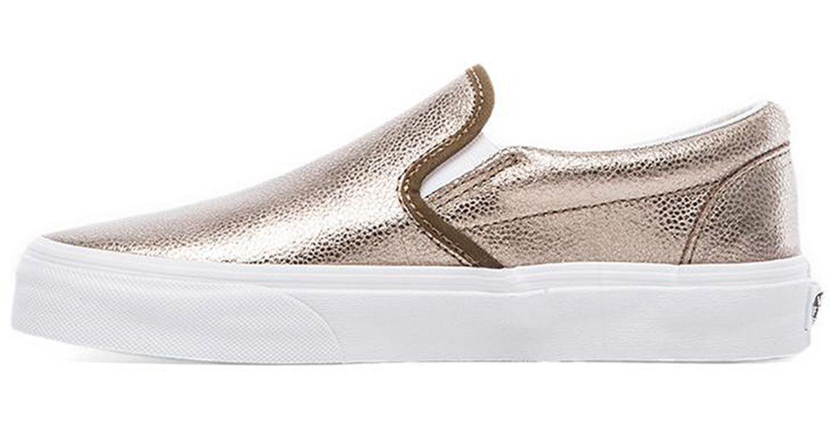3cbabe93fb Lyst - Vans Classic Slip-on Sneaker in Metallic