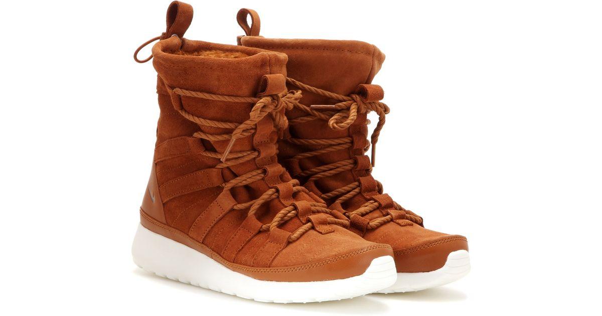 b40872aefd16 Lyst - Nike Roshe One Hi Suede Sneaker Boots in Brown ...
