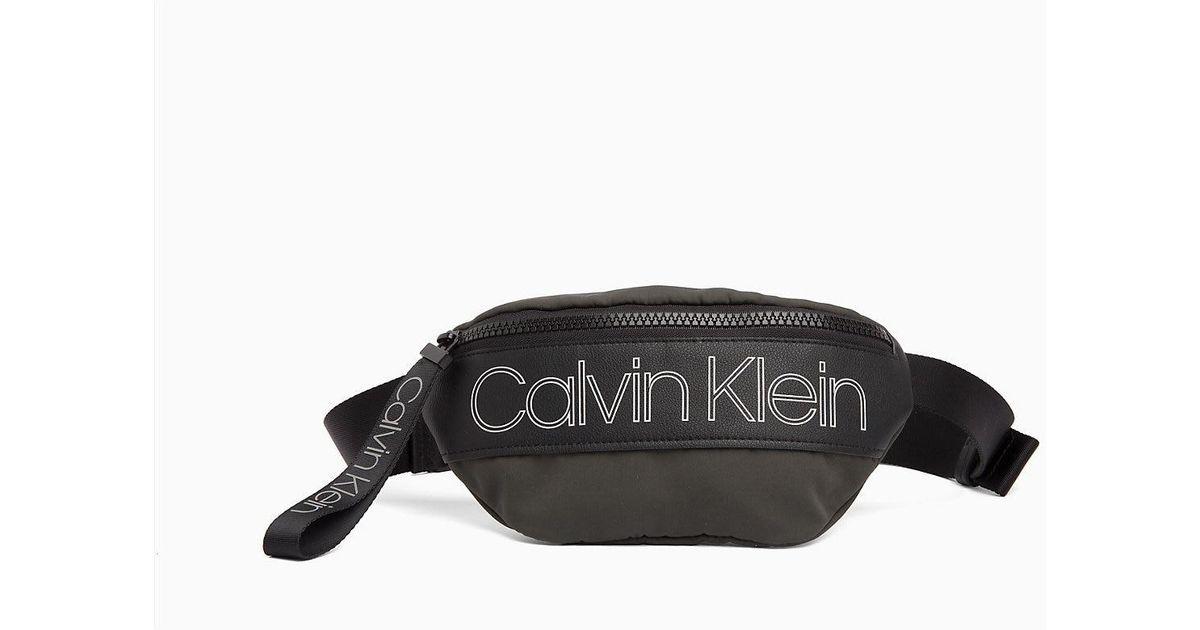 09d53353f63985 Calvin Klein Bum Bag in Black for Men - Lyst
