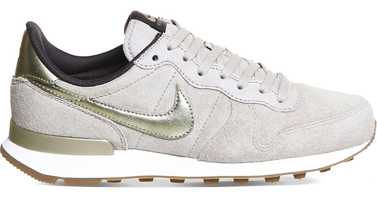 ... authentic nike internationalist suede trainers in gray lyst c2fbe 3d241 fe58b4af5f00
