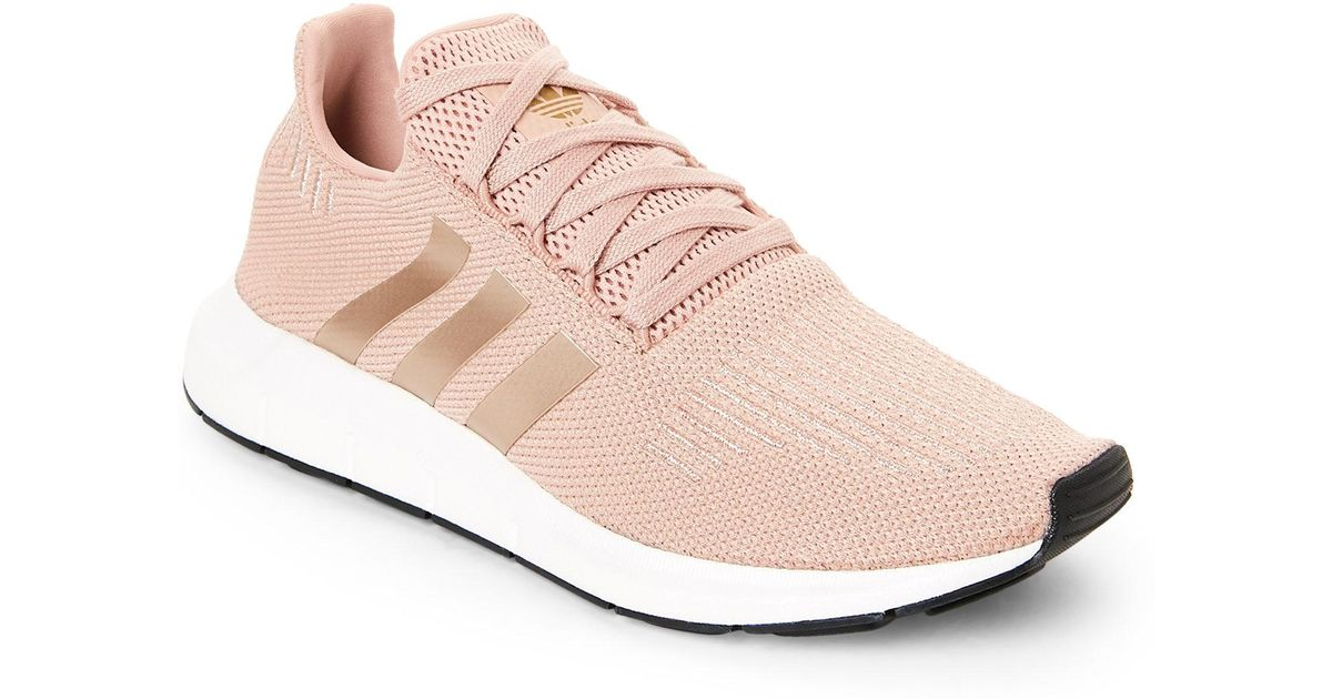21a66ff8b84 Lyst - adidas Dusty Rose Swift Run Sneakers in Pink
