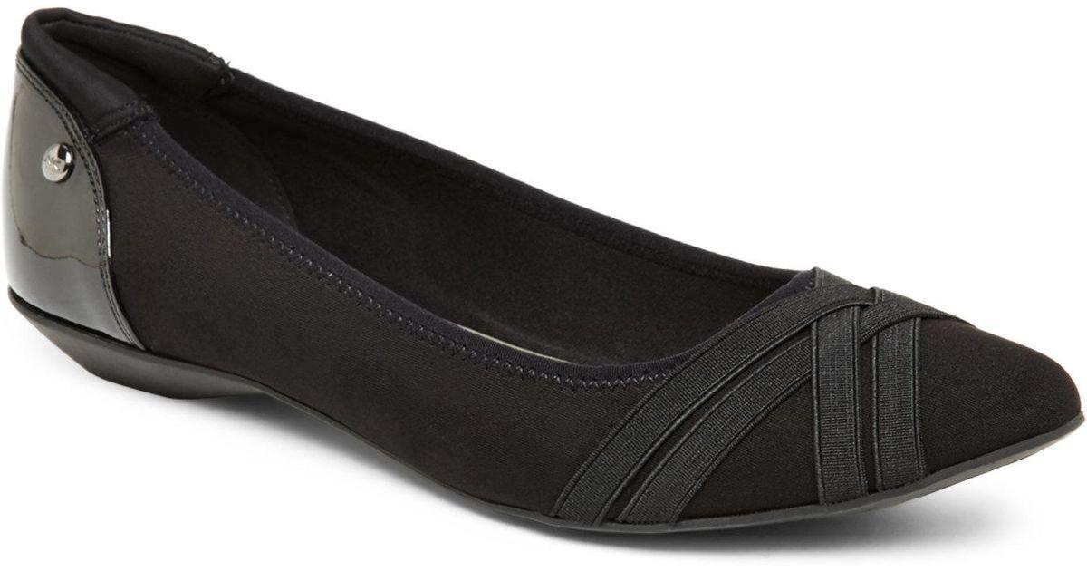 81cdbc5927b Lyst - Ak Anne Klein Black Olizer Pointed Toe Skimmer Flats in Black