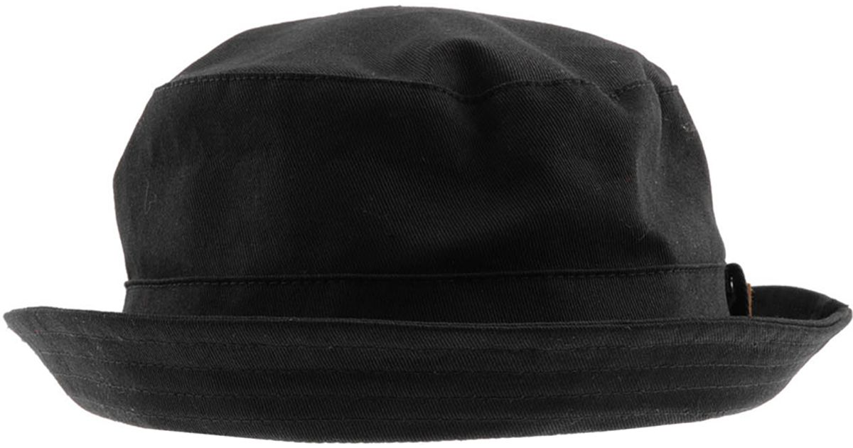 Fred Perry Train Driver Cap in Blue for Men - Lyst 8726b9d1c8b