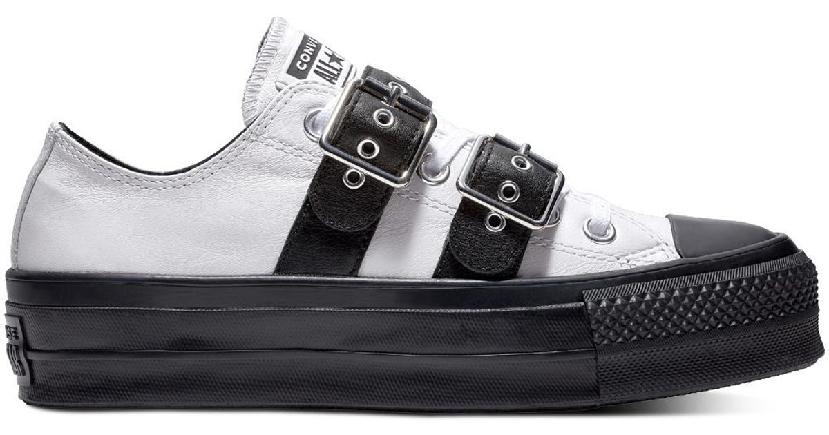 da4bf35b6f02 Converse Chuck Taylor All Star Lift Buckle Leather Low Top in White - Lyst