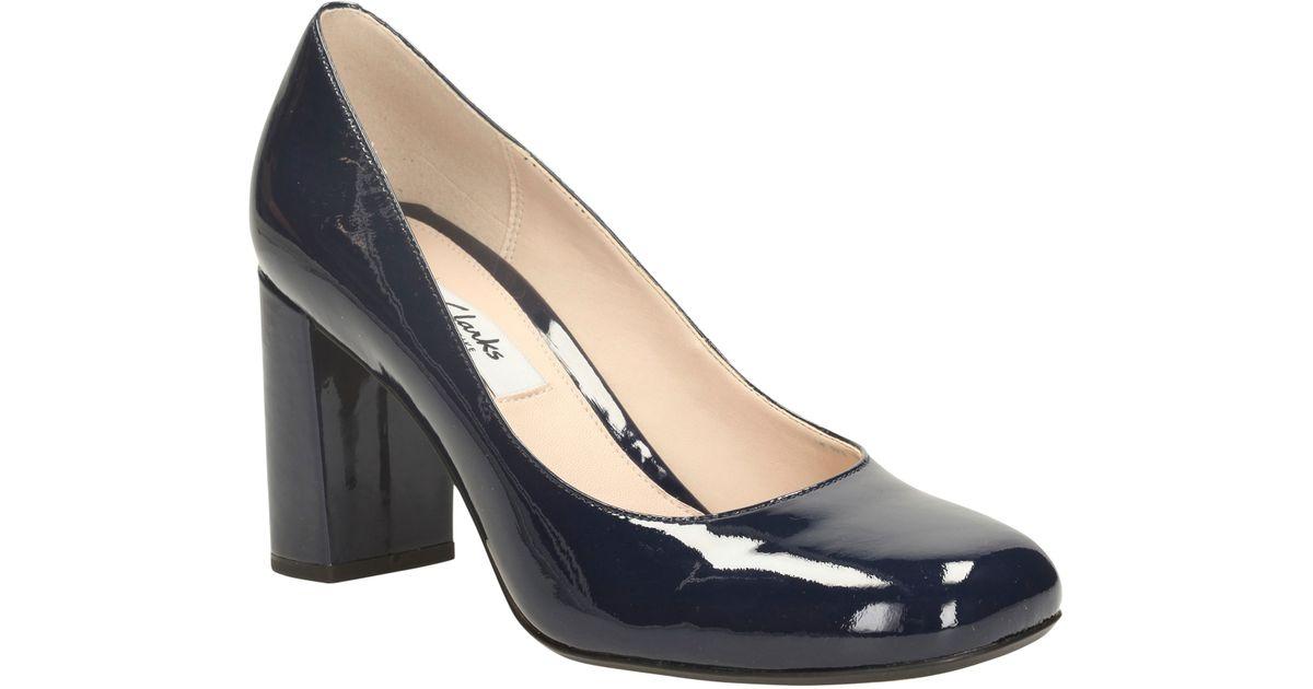 250189430724 Clarks Gabriel Mist Block Heel Court Shoes in Black - Lyst