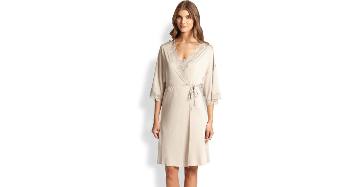 Lyst - Hanro Universe Of Lace-Trimmed Jersey Robe in Natural bf51dd8b2