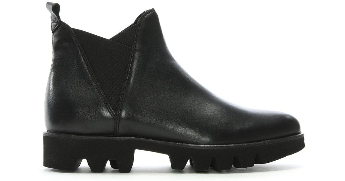 daniel shiner black leather cleated sole chelsea boots in