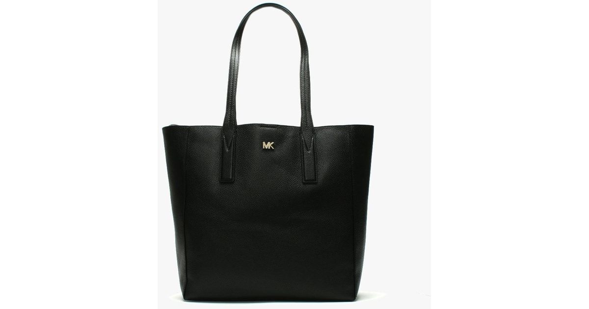 737b8f4e7431 Michael Kors Large Junie Black Pebbled Leather Tote Bag in Black - Save 26%  - Lyst