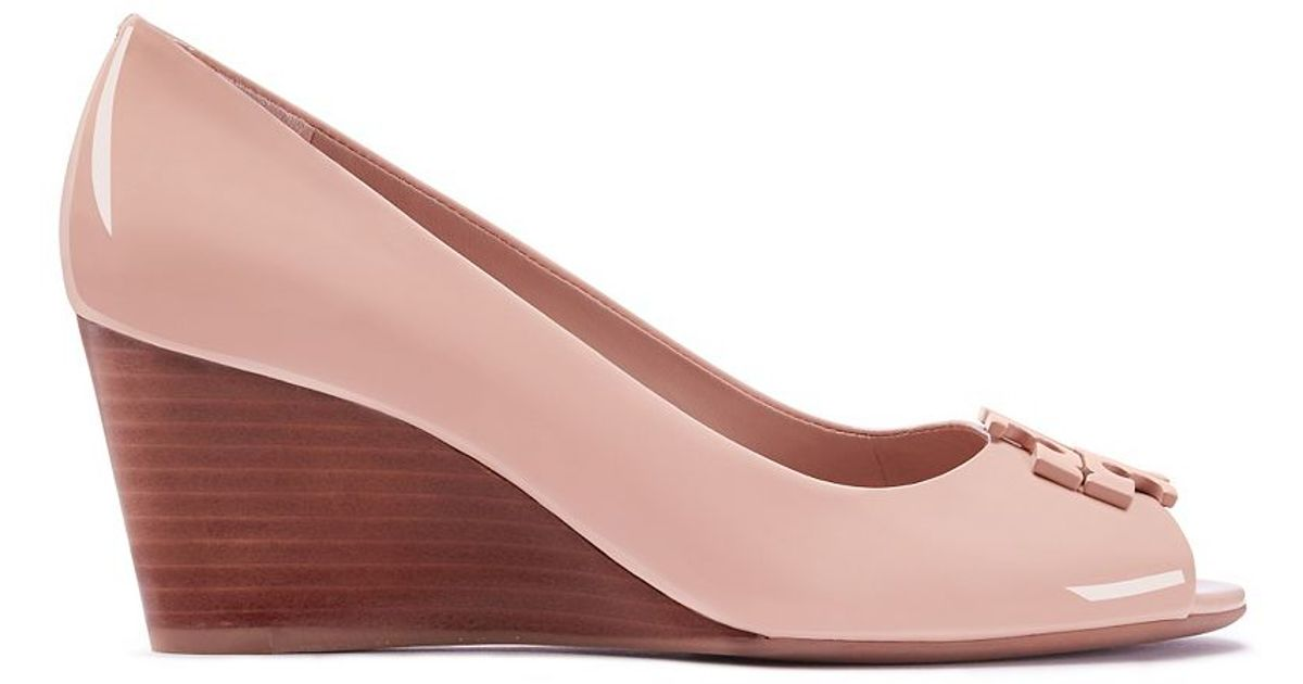d18210f2ab31 Tory Burch Lowell Patent Peep-toe Mid-heel Wedge in Pink - Lyst