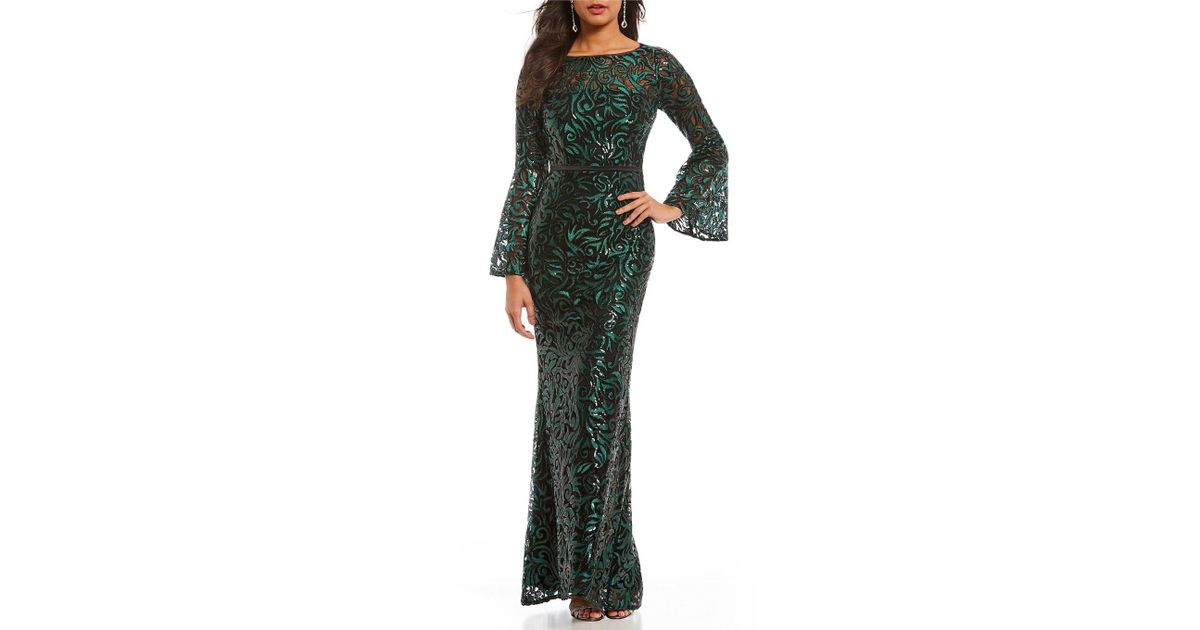 2c0893af1e9469 Carmen Marc Valvo Infusion Sequined Lace Illusion Bell Sleeve Gown in Green  - Lyst