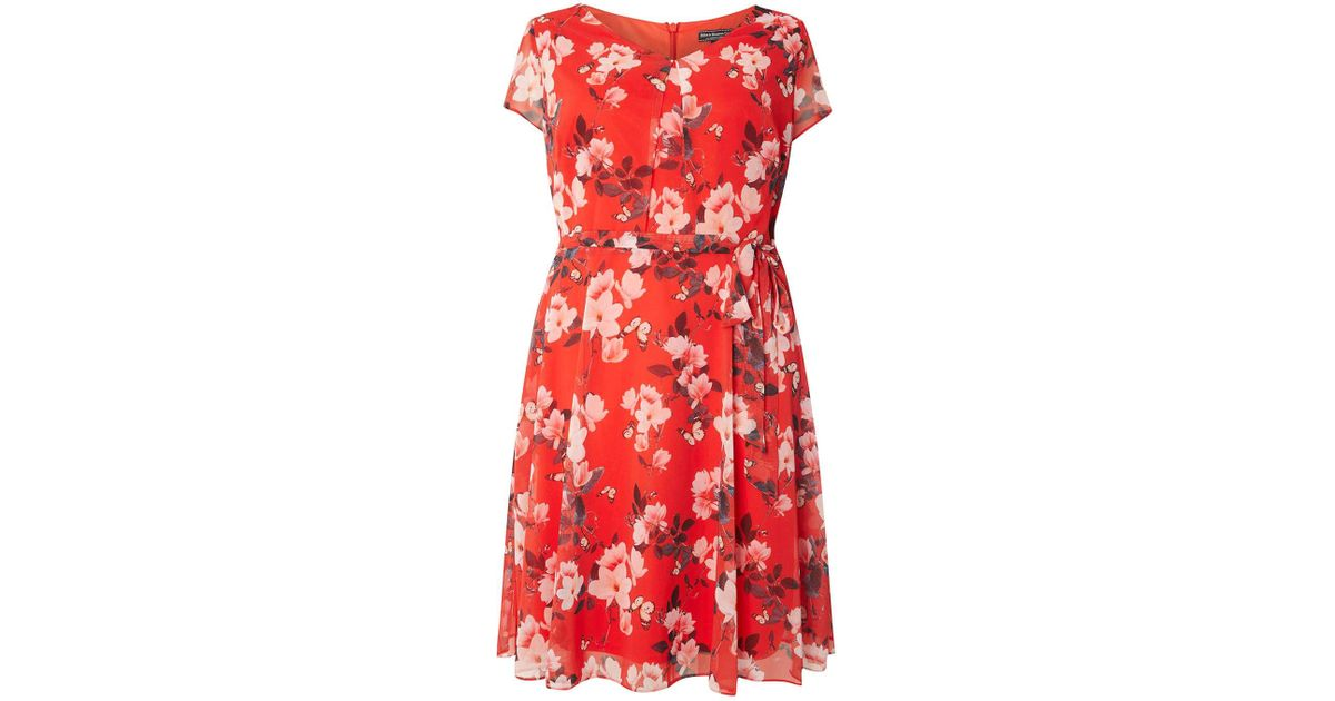 5ff2f128d57 Lyst - Dorothy Perkins Billie   Blossom Curve Red Floral Print Dress in Red