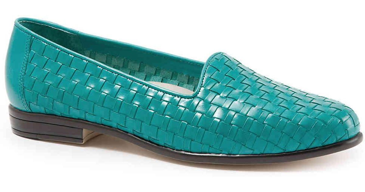 9cdd4d4081 Lyst - Trotters Liz Loafer in Blue