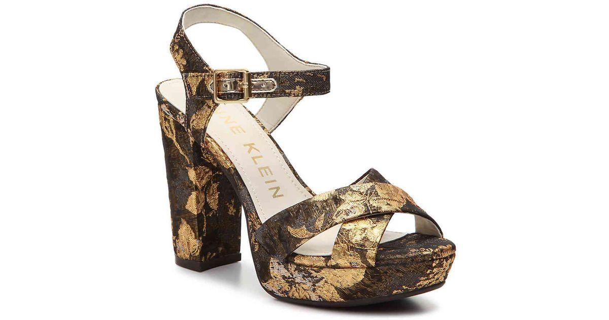 0a70e57c92e Lyst - Anne Klein Lalima Platform Sandal in Metallic
