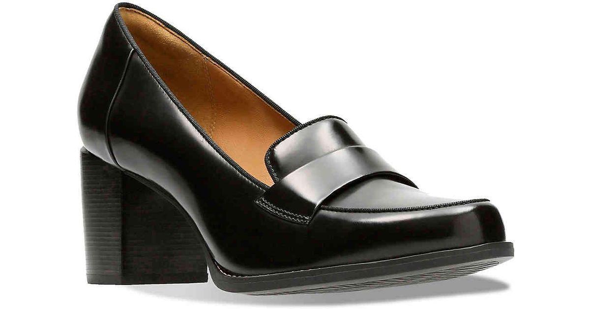 6acbec9c333d Lyst - Clarks Tarah Grace Loafer in Black