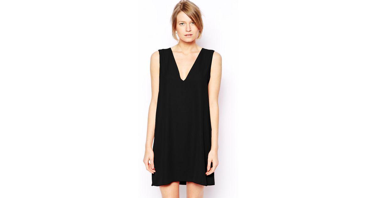c06ff89fb7 Lyst - Love Deep V Neck Shift Dress in Black
