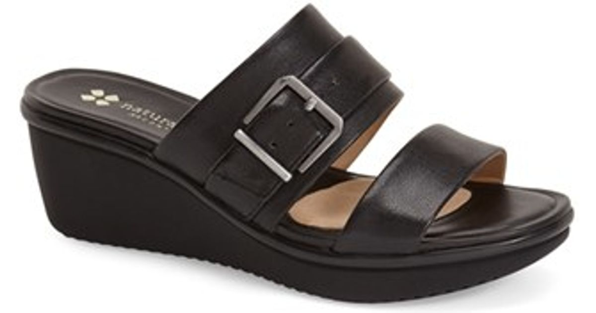95bcbe99a812 Lyst - Naturalizer  aileen  Wedge Sandal in Black