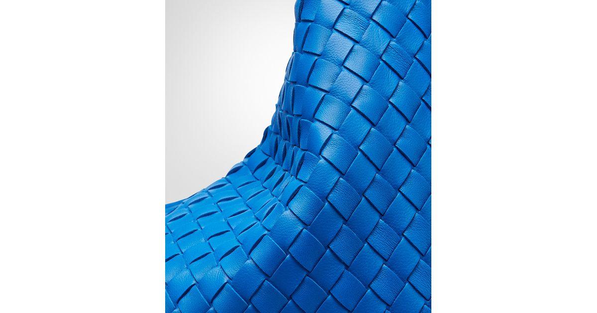 Bottega Veneta Signal Blue Intrecciato Nappa Large Veneta in Blue - Lyst 852f3c6250aca