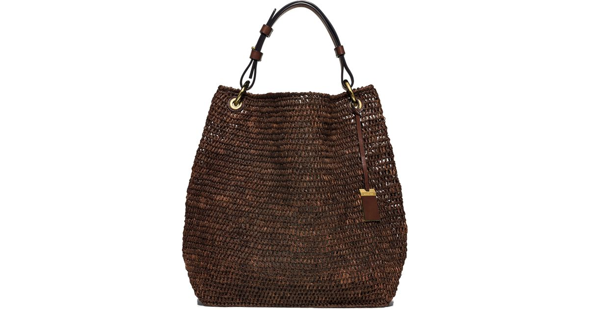 a45ade2797a041 Michael Kors Santorini Large Raffia Shoulder Bag in Brown - Lyst