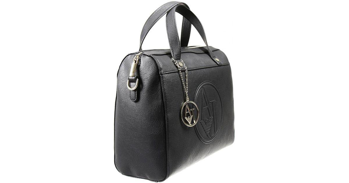 ef7b4a7765b1 Lyst - Giorgio Armani Handbag Woman in Black