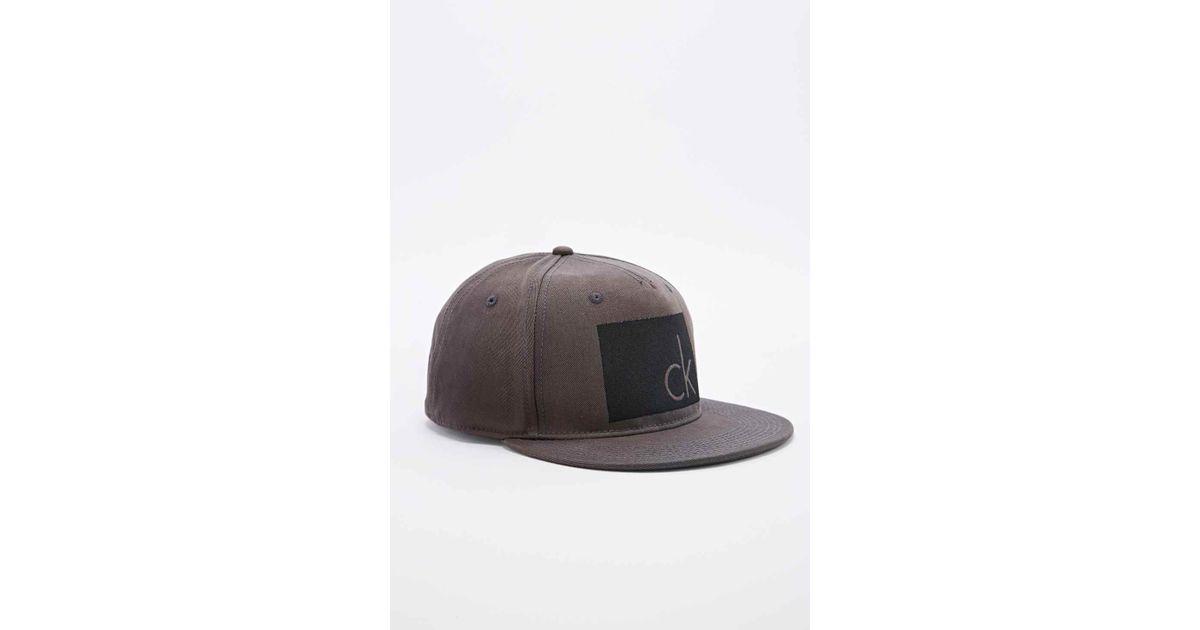 d0fb5148 Calvin Klein Arlo Snapback Cap In Dark Grey in Gray for Men - Lyst
