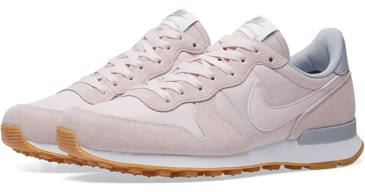 Nike Internationalist W in Pink - Lyst df9fb5ff8cb2