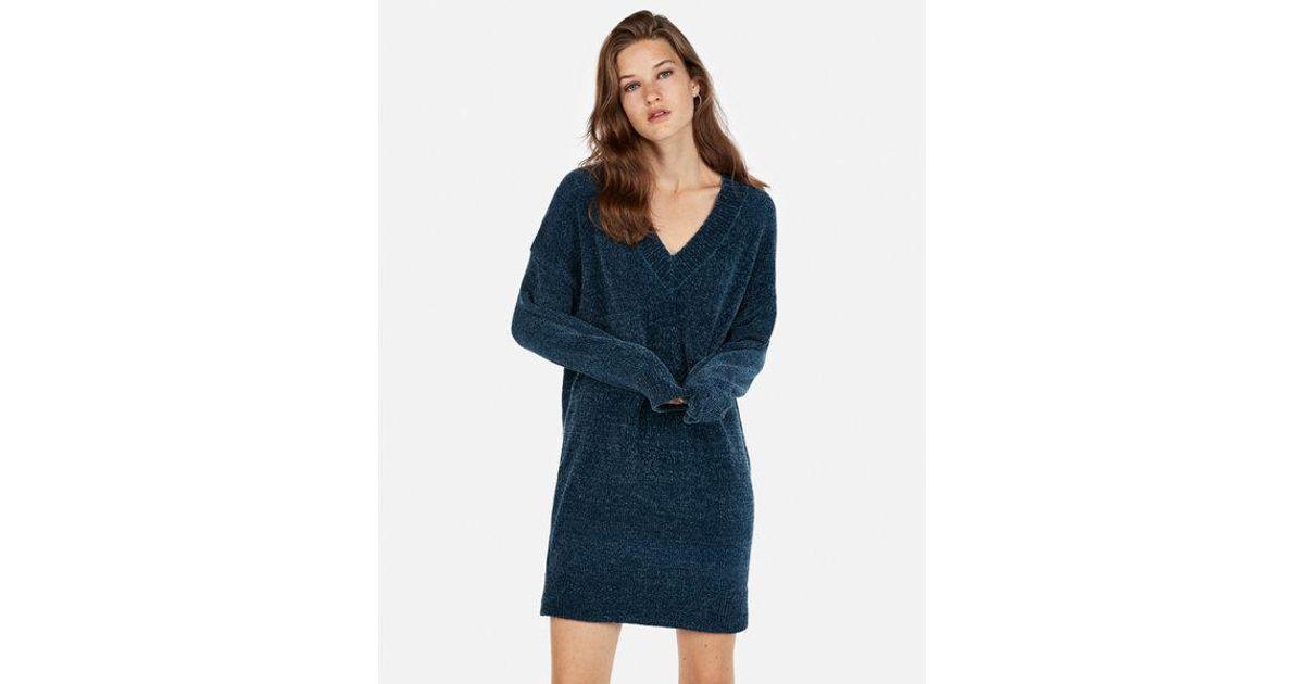 2d97eb0b7a5 Express V-neck Shift Sweater Dress in Blue - Lyst